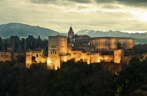 http://oferplan-imagenes.diariovasco.com/sized/images/granadaalhambra-619x3911-300x196.JPG