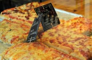 Pizza mediana o grande a elegir ¡y añade crep con nutella + bebida!