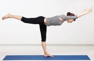 4 clases de Yoga en julio. Equilibrio en verano